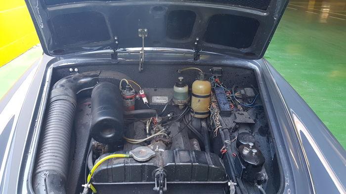 Lancia Appia_259f0ede-eb77-469d-9657-0b38b3c3da9a