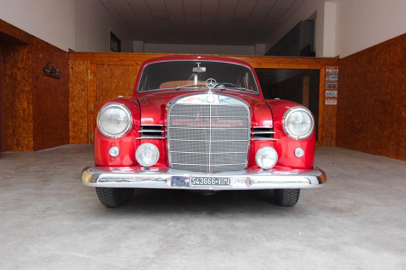 Mercedes190_IMG_3037