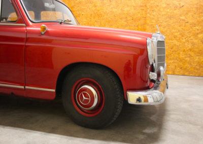 Mercedes190_IMG_3058