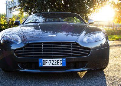 Aston Martina Vantage V8